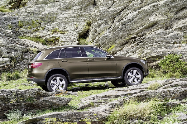 iaa mercedes-benz-glc1