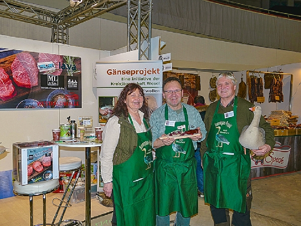 6 kjs wesel wh wild food festival 02 id138344